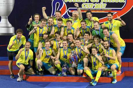Jacob Anderson and the rest of the Australian Under 21 squad celebrate the cup win.