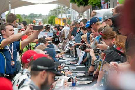 Thousands of WRC fans took to Coffs Harbour CBD to meet drivers before the start of the 2017 Kennards Hire Rally Australia.