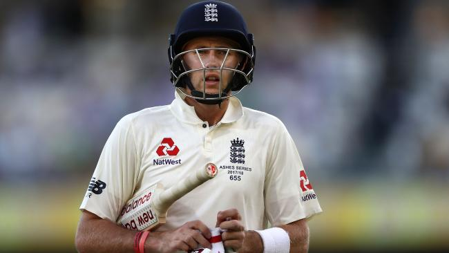 Joe Root could only add 15 to the tourists' total.