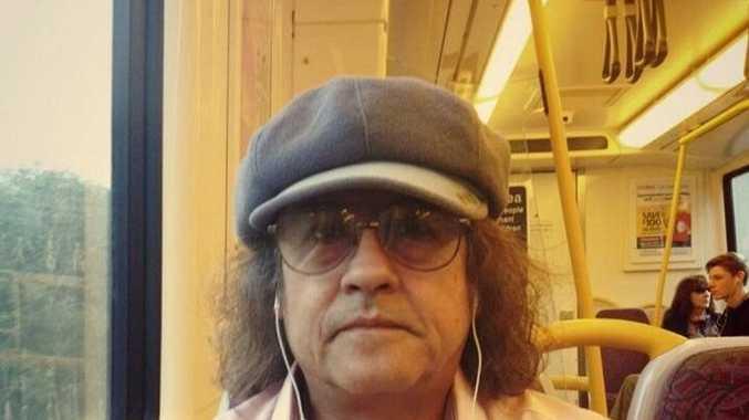 PREDATOR: Manuel Gonzalo Pando-Siguas.