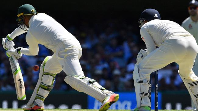Another Test, another Khawaja failure against spin.