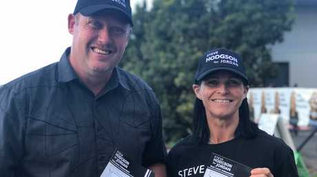 INDEPENDENT SUPPORT: Paul Kirwan and Sharon Nicholson had a busy day handing out how-to-votes.