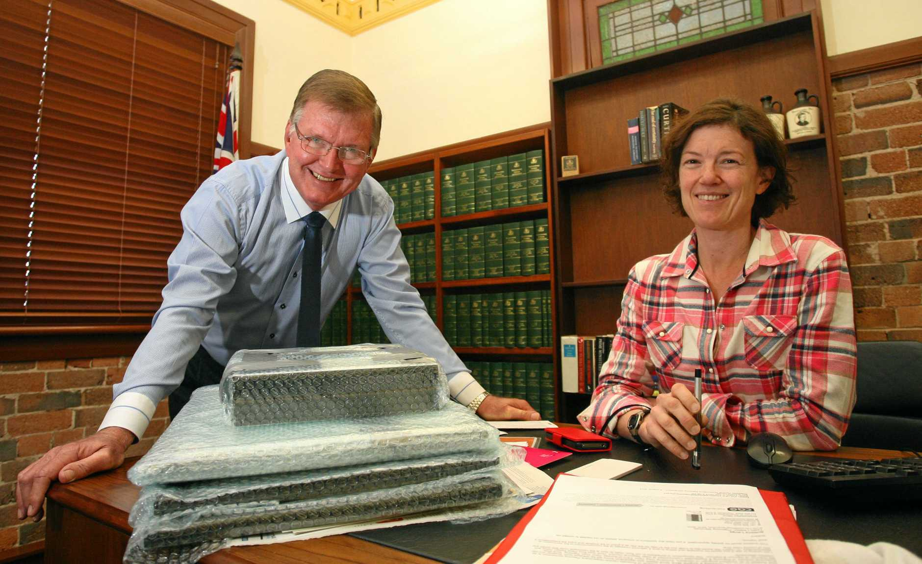 Barry Large and Kirsten Livermore in Kirsten's office as she packs up after Parliament was disolved in 2013.