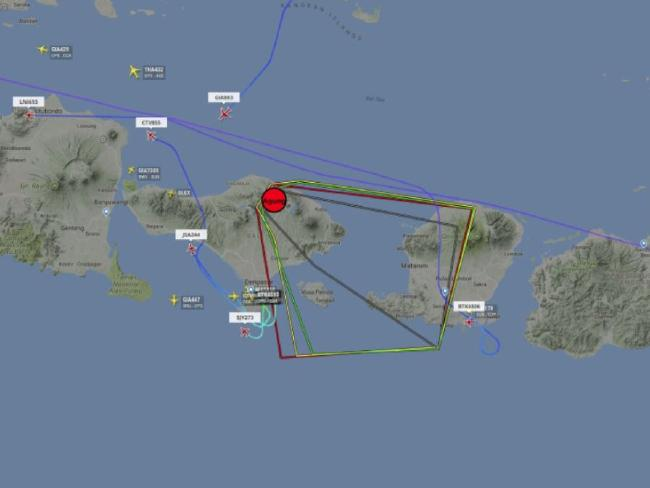 Flight paths show planes avoiding the ash cloud caused by Bali's Mount Agung volcano. Picture: Flightradar24