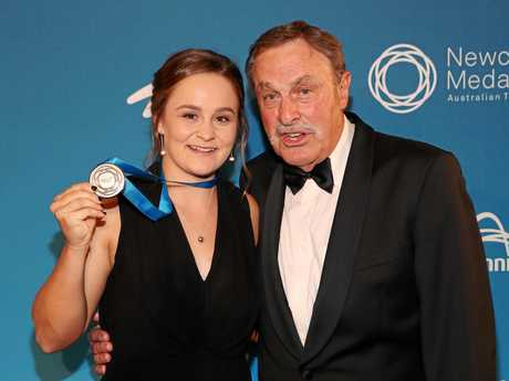 Ashleigh Barty with John Newcombe after winning the Newcombe Medal award.