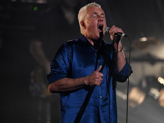Daryl Braithwaite performs his signature song, The Horses, after being inducted into the ARIA Hall of Fame.