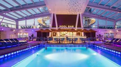 Head to the pool bar for a sunset drink. Picture: Royal Caribbean.