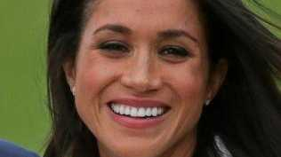 US actress Meghan Markle shows off her engagement ring. Picture: AFP/Daniel Leal-Olivas