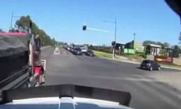 Dash cam footage sent to The Ray Hadley Morning Show shows a truck cutting off another truck.