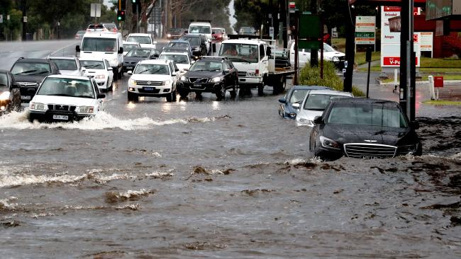 Melbourne should prepare for flash flooding this weekend, much like the bad weather that hit last December. This was North Rd, Ormond. Picture: The Australian