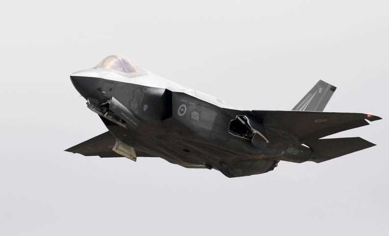 The new F-35 Joint Strike Fighter arrives at the Avalon airshow in Avalon, near Melbourne, Friday, Mar. 2, 2017.
