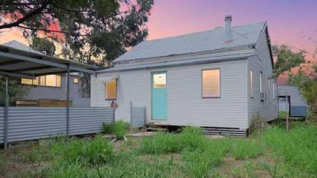 48 Railway St, Chinchilla will only set you back $49,000. Picture: realestate.com.au