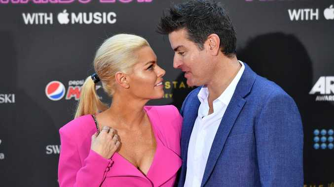 Sophie Monk has denied reports she has broken up with Stu Laundy.