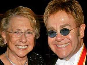 Elton John 'in shock' over mum's death