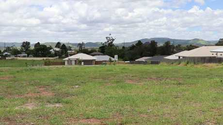 Helidon property for sale with Bitcoin.
