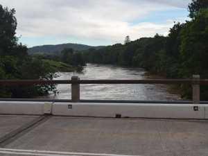 UPDATE: Minor flooding, Mary River still rising