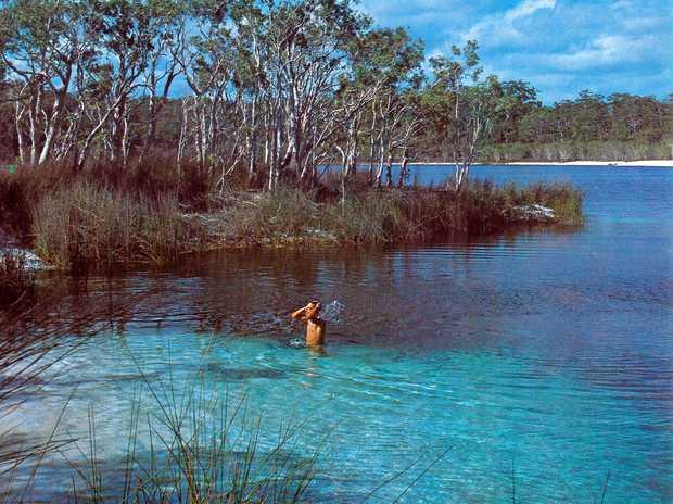 PAST & PRESENT: Lake McKenzie Fraser Island 1988.
