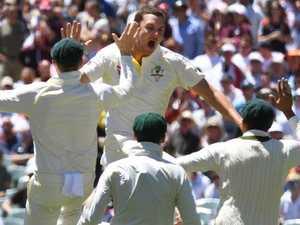 Australia rip through England to claim 2-0 lead