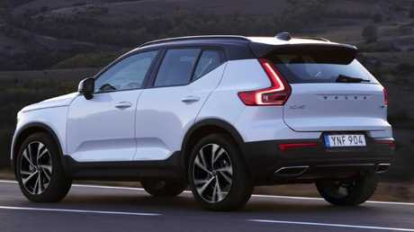 Clever with cargo: XC40 has 460L capacity.