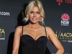 Sophie Monk goes moody on red carpet