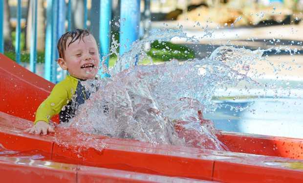 Sam Crosby made a big splash at the Blue Water Lagoon.