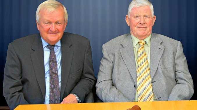 Sunshine Sugar incoming chairman Jim Sneesby with outgoing chairman Ian Causley.