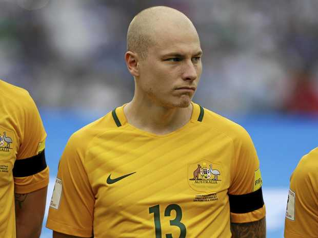 Aaron Mooy will face fellow Socceroo Matthew Ryan in the EPL this weekend.