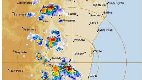 Storm moves closer to the Lower Clarence.