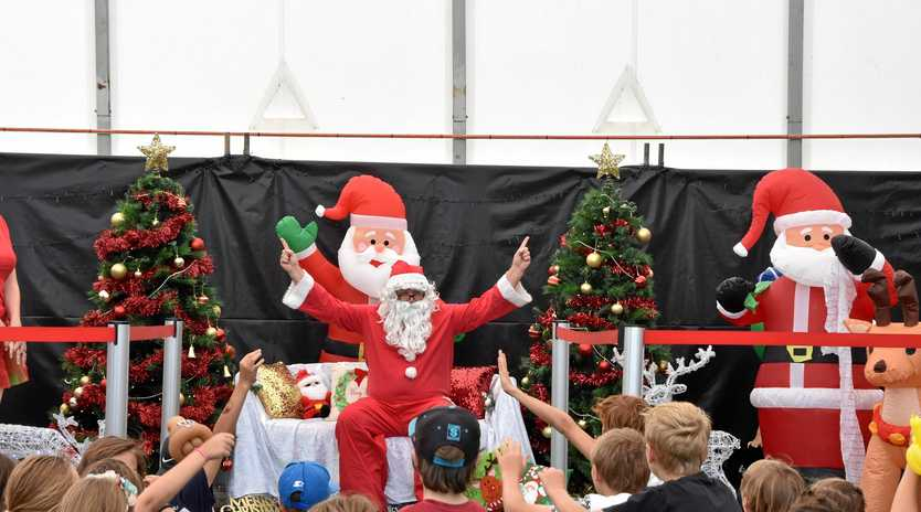 Inaugural Santa from the skies community event - 2017, Gladstone Airport.