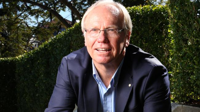 Peter Beattie is quitting Queensland to move to Sydney.