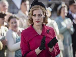 Jenni Baird as Regina Standish.