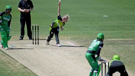 Nicola Carey collected two-wicket in the Thunder's win in Albury