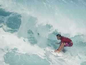 Wright, Wilson lead Aussie chaos at Pipe