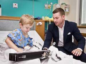 Real estate agent brings Christmas joy to hospital kids