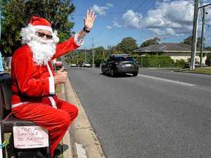 Waving his way to Christmas