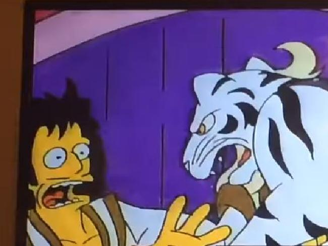Entertainers Gunter and Ernst are attacked by a tiger at Springfield's casino.