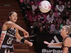 Sharni Layton in action for the Magpies.