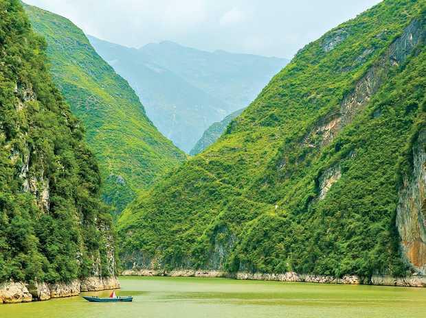 Yangtze river close to Three Gorges Dam, China