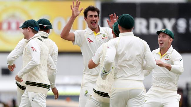 Mitchell Starc claimed the crucial wicket of James Vince late in the final session.