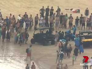 Man critical after being pulled from water at Bondi