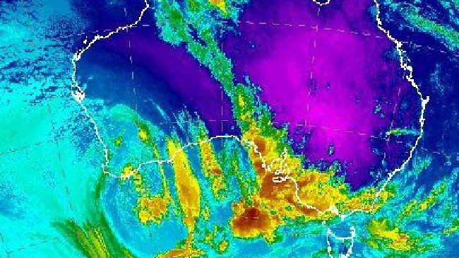 Christmas is looking festively hot, but some of Australia is in for some rain. Picture: Bureau of Meteorology