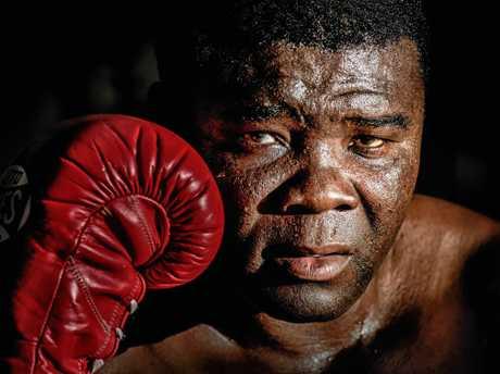2x Commonwealth boxing champion James