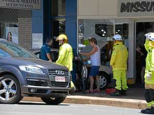 Car crashes onto footpath in Kingaroy