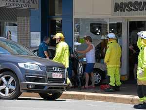 Car crashes onto footpath in Kingaroy