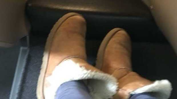 UGG-ly? Singer booted from Qantas lounge over footwear