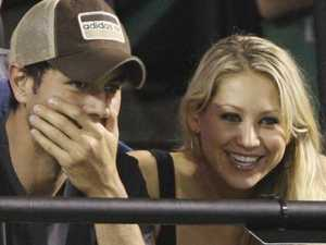 Anna Kournikova and Enrique Iglesias proud parents