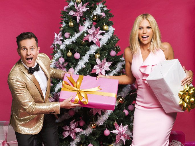 David Campbell and Sonia Kruger will host Channel 9's coverage of the 2017 Carols by Candlelight.