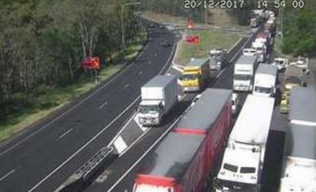 Traffic jam on Toowoomba Range causing chaos | Chronicle