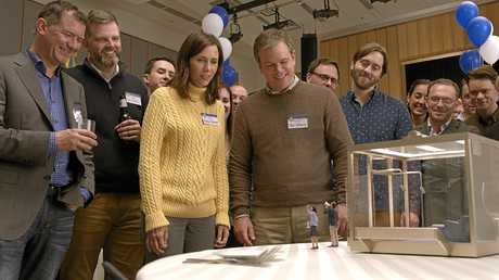 Kristen Wiig, Matt Damon, Maribeth Monroe and Jason Sudeikis in a scene from Downsizing.
