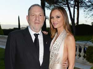 Weinstein's wife to get massive divorce settlement